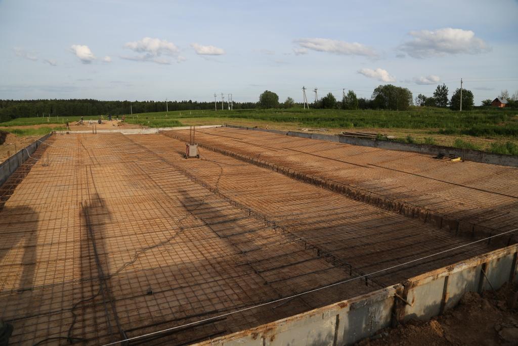 Построить молочную ферму